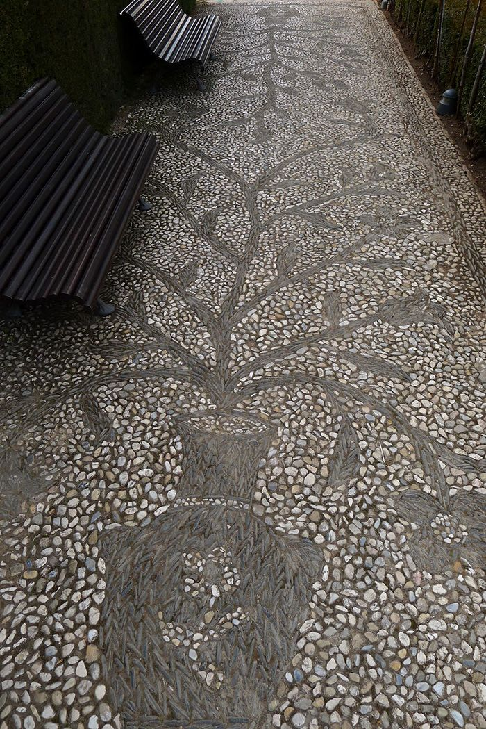 Pebble mosaic at The Generalife, Granada, Spain. Image by Jeff Bale. jeffreygardens.blogspot.com