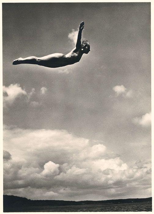 Kurt Reichert: Naked diver / Germany 1935
