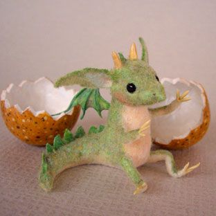gureen.jpg needle felted dragon