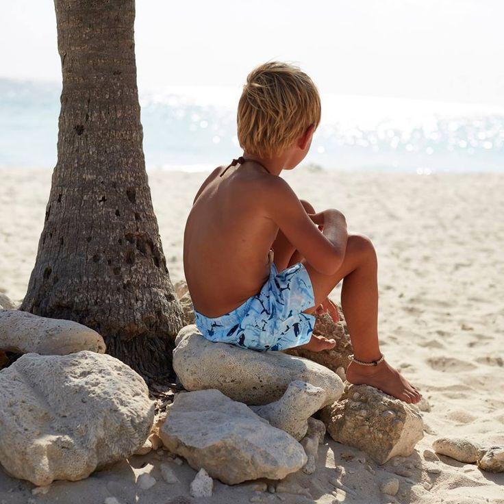 Enjoy the sun safely with Sunuva UV Swimwear and Beachwear for Kids, with sun protection UPF50+!