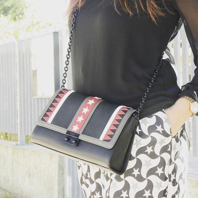 Stars everywhere  @pomikaki #bag #fashion #style #stylish #star #amazing #photo #veryfashionplanet