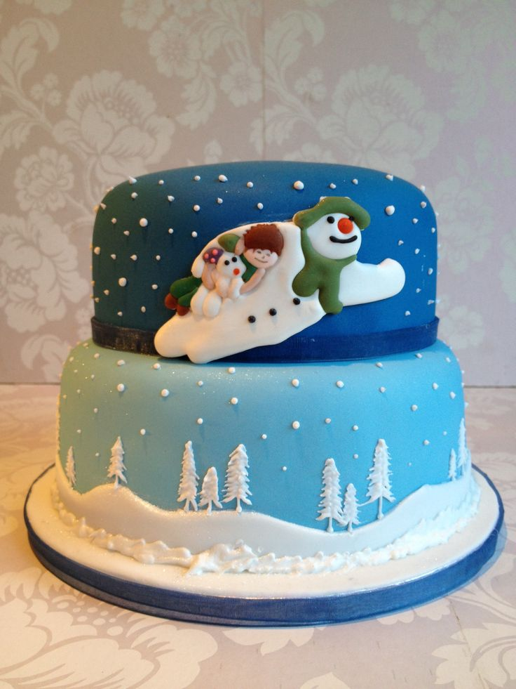 252 Best images about ~Christmas Cakes~ on Pinterest