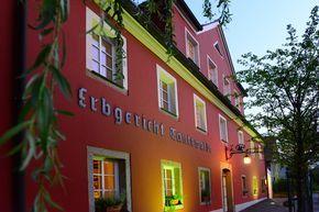 Starten Sie vom Hotel Erbgericht eine Tagestour mit ihrem Motorrad in fantastische Tourmöglichkeiten: Riesengebirge, Isergebirge oder Lausitzer Bergland
