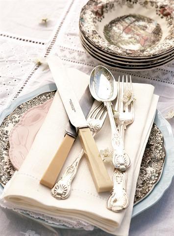 Nostalgic cutlery/Nostalgiese eetware