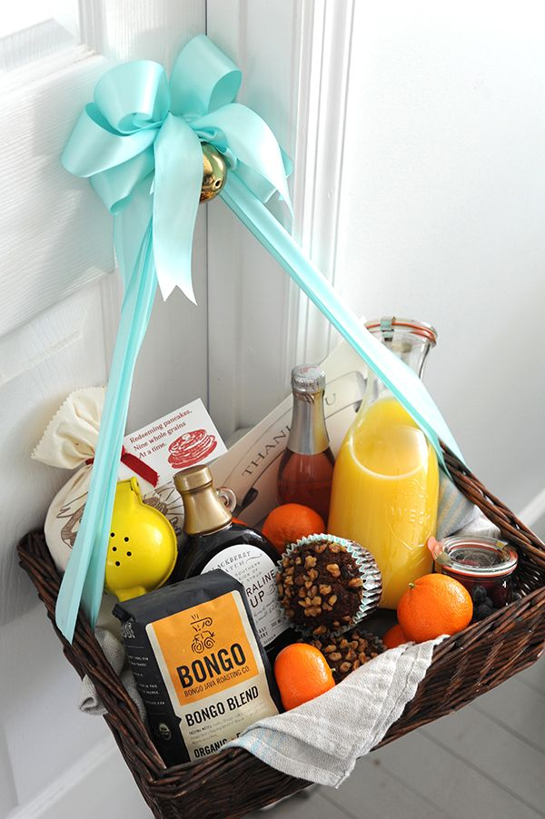 Breakfast in Bed Hostess Gift After a long evening of cleaning dishes, your host will appreciate breakfast in bed the following morning. A basket full of coffee, pancakes and syrup, fresh squeezed orange juice, fruit, muffins, and champagne for mimosas should do the trick!