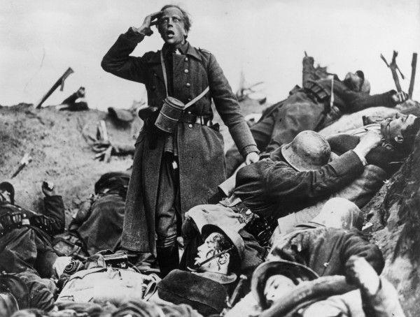 Szene aus dem Antikriegsfilm WESTFRONT 1918!