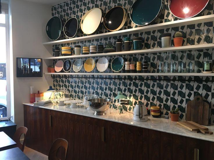 78 best bar restaurant images on pinterest circuit velvet and blue walls. Black Bedroom Furniture Sets. Home Design Ideas