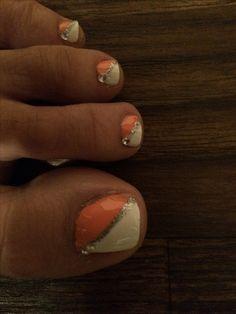 Summer toe nail design.