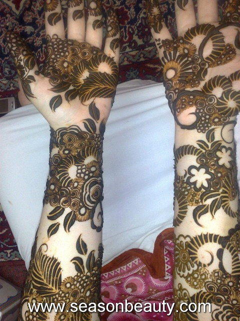 Arabic Mehndi Designs 70 by mshahbazaziz, via Flickr