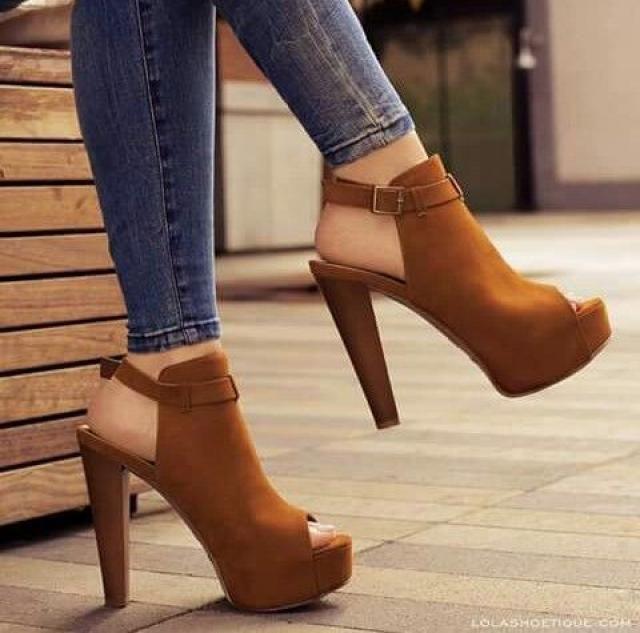 пазолини белые туфли каблук кожа питона