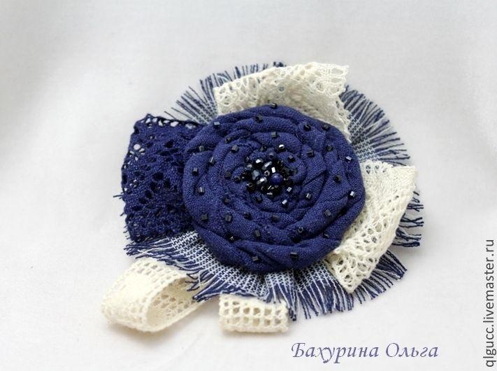 http://cs1.livemaster.ru/storage/51/c2/598094a9b15aaa9f964790549dkw--ukrasheniya-tekstilnaya-brosh-razlichnye.jpg