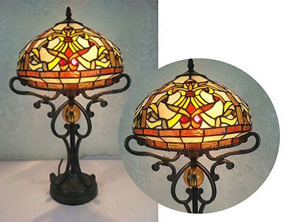 Belle Handcrafted Tiffany Style Vitrail Lampe de table
