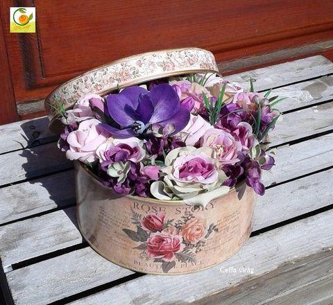 Egy vintage doboznyi virág lila színben - anyák napjára, Esküvő, Otthon, lakberendezés, Ruha, divat, cipő, Esküvői csokor, Meska