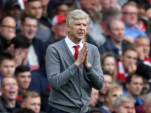 Arsene Wenger demands response from Arsenal against Chelsea
