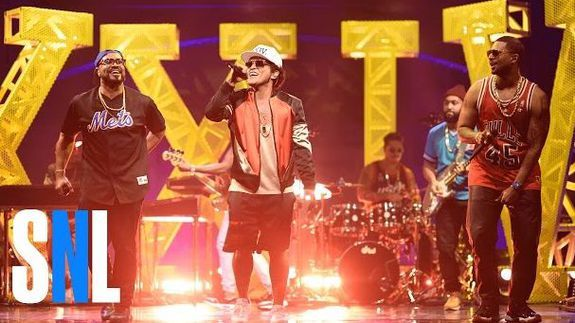 Bruno Mars Gets Down With The 'Saturday Night Live
