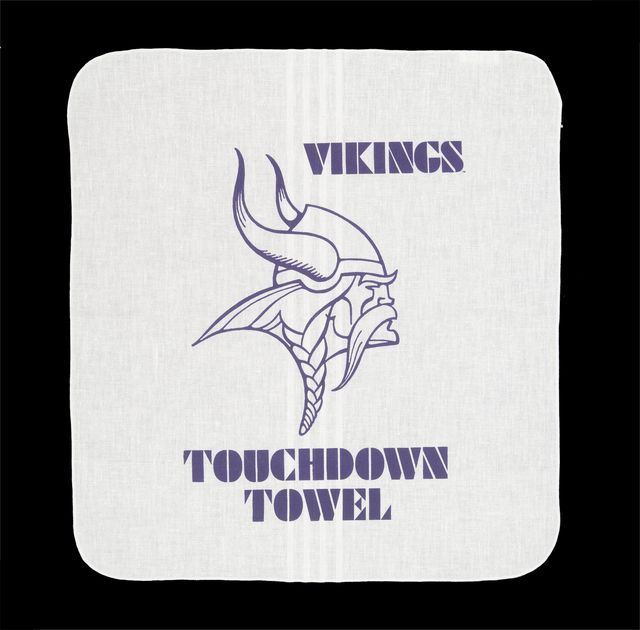 Minnesota Vikings Touchdown Towel,1987. Minnesota Historical Society 3D Objects Collection.
