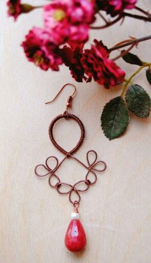 Copper earring with gemstone drop  Orecchino in rame con goccia di pietra dura  https://m.facebook.com/GioieLi  #handmade #gemstone #gioielì #jewels #diy #earrings #copper