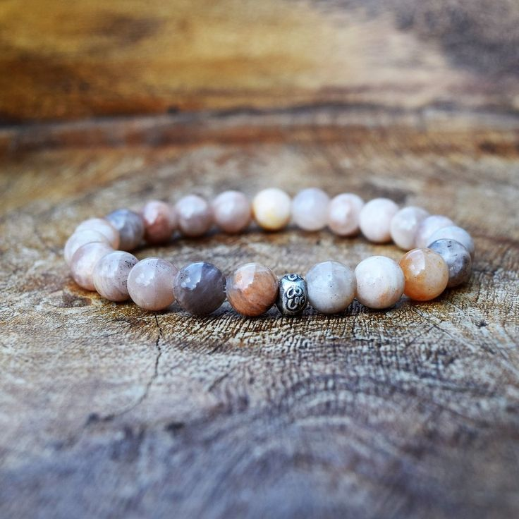 The Classic Bracelet - Peach Moonstone
