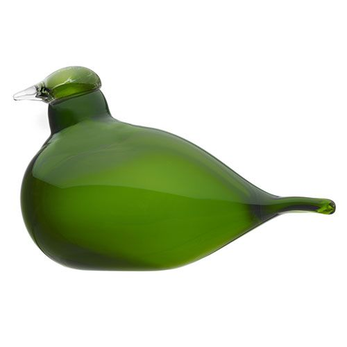A color exclusive to us. This sweet and slender-bodied tern dazzles in emerald green. iittala Toikka Little Green Tern - $105