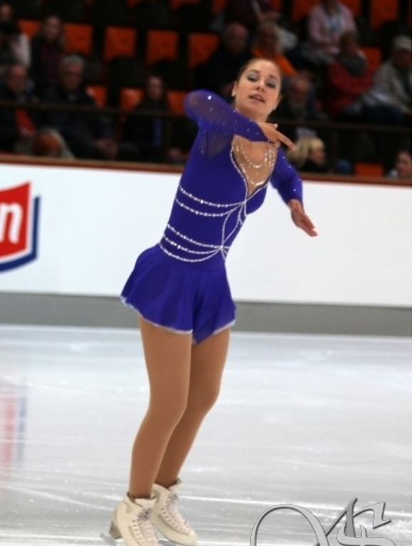 Aliexpress.com : Buy Custom  Figure Ice Skating Dresses Adult With Spandex Graceful New Brand Figure Skating Competition Dress DR2593 from Reliable dress batwing suppliers on Crystal Professional Custom Figure Skating Dresses Store