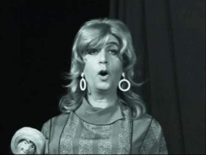 Violencia Rivas, parodia de Violeta Rivas, por Capusotto y Saborido.