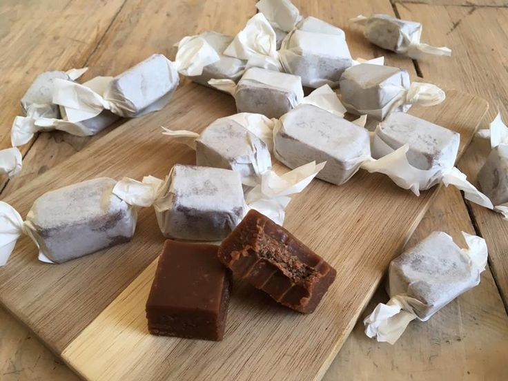 Sjokoladekarameller | LOWCARB | Usansynlig god! – Elisabeth Holm