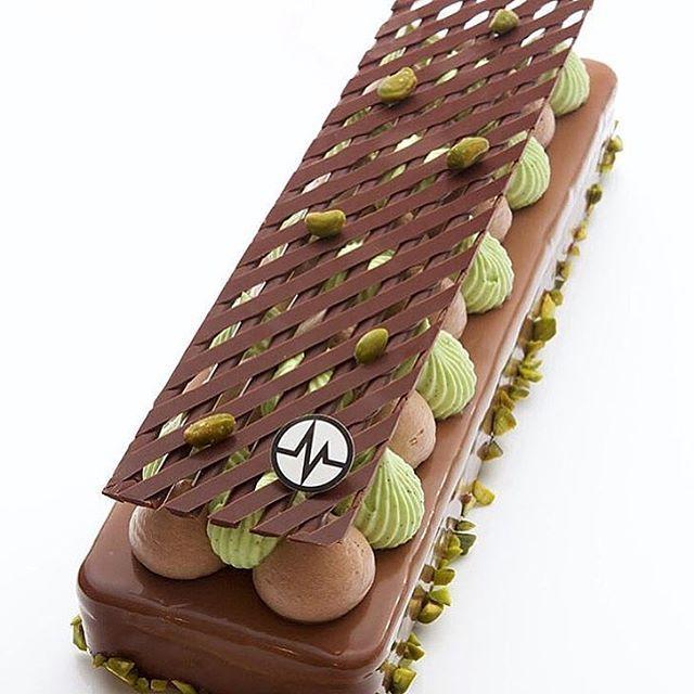 초콜릿 피스타치오 레이어 무스 케이크