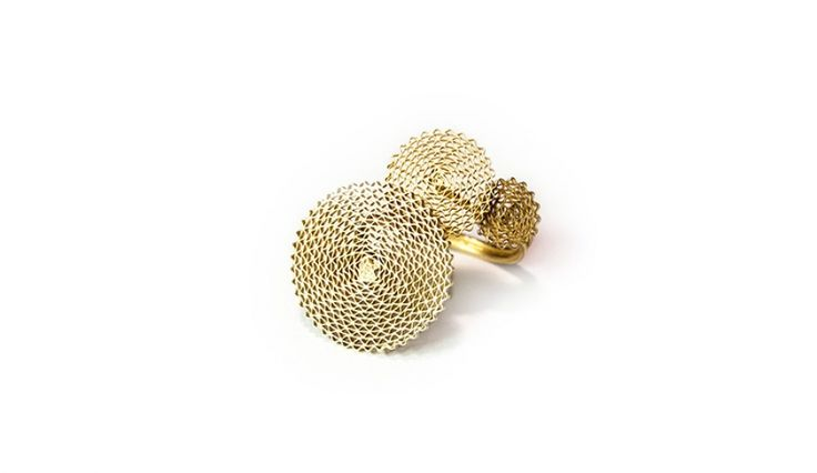 Liliana Guerreiro | Collections -  Handmade 19 carat gold ring, with an ancient filigree technique, mesh