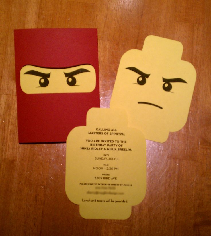 Lego Ninjago Invites for the boys' birthday party. Why couldn't I have found these before sending out The invites???? Más
