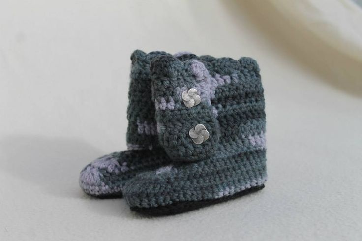 Crochet Tall Wrap Boots with Scallop top. 6-9 month $25
