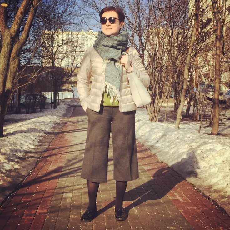 Danger Zone 40 moscow woman mode street style fashion blog down jacket spring look outfit culotte asos uniqlo parfait marks&spencer stradivarius scarf tote bag loafers