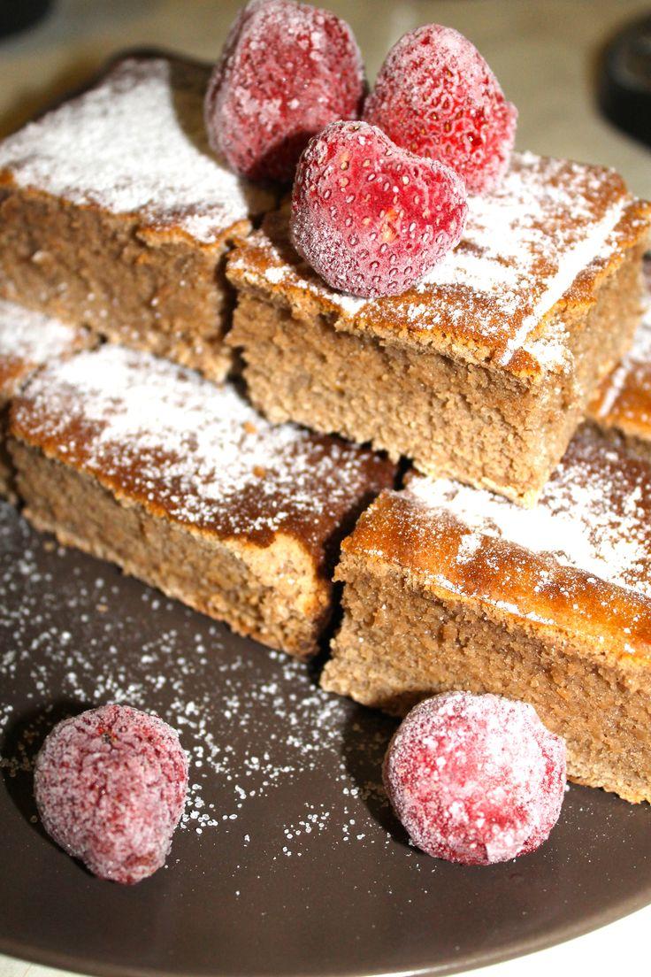 Brownies fara zahar, fara gluten si cu un continut scazut de grasimi.