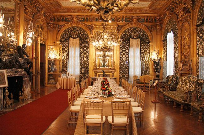 Marble House Is A Gilded Age Mansion In Newport Rhode