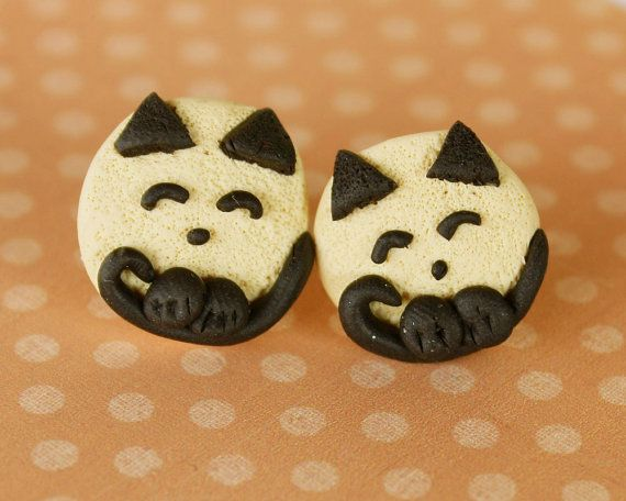 Tinky cat post earrings beige and chocolate combo by TinkyPinky