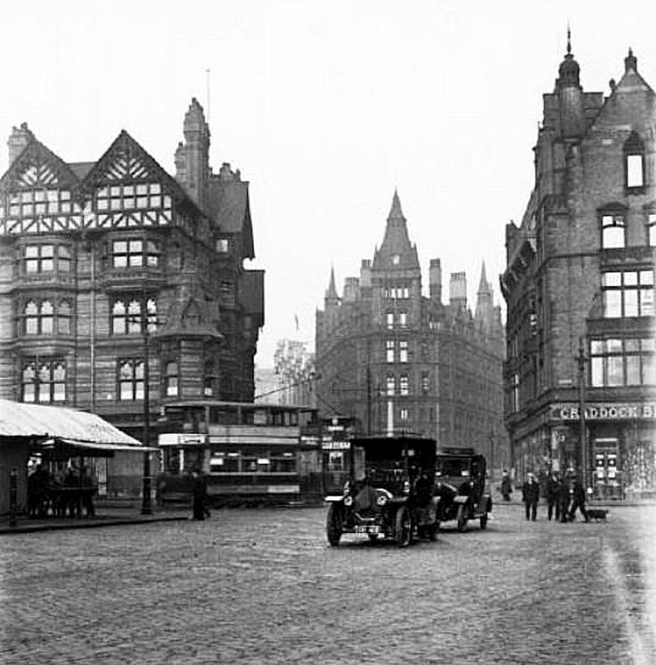Market Square, looking towards King and Queen Street, Nottingham, 1920s.