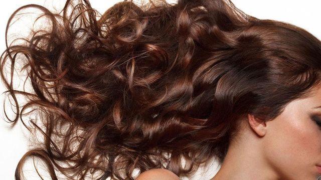 10 Remedios naturales para combatir la caída del cabello