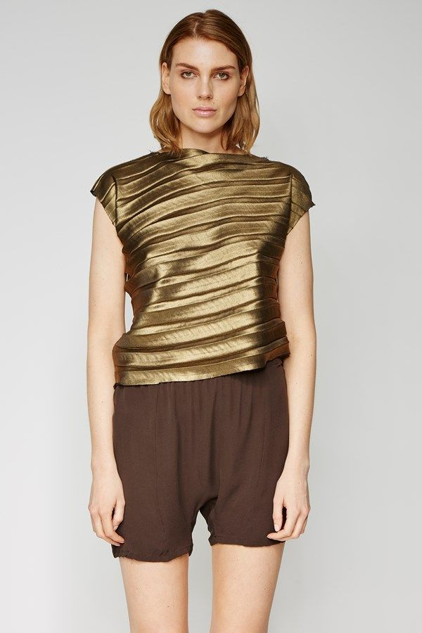 the zambesi DIAGONAL PLEAT BODICE in gold. an easy fit top with pleated detail, diagonal hem, raw hems. can be worn inside out. made in new zealand.