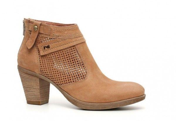 stivali-nero-giardini-primavera-estate-2014-tronchetto  #nerogiardini #stivali #boots #womanshoes #fashion #mood #trend #shoes2014 #scarpedonna #shoes #scarpe #calzature #moda #woman #fashion #springsummer #primaveraestate #moda2014 #springsummer2014 #primaveraestate2014