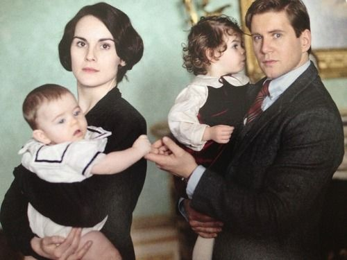 Downton Abbey Season 4 SPOILERS: New PHOTOS Show Romance Between Lady Mary and Tom Branson?