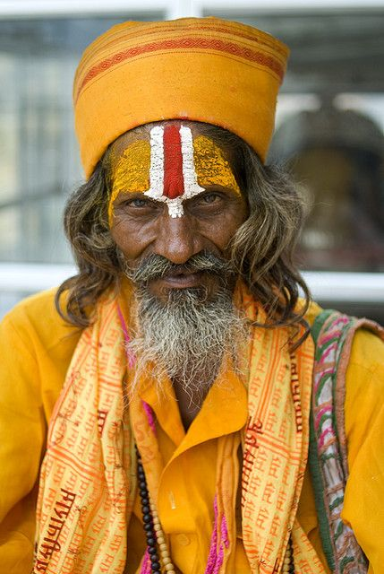A painted face in Rajastan, India. Photo Credit: Paolo Gioia #NomadsSecrets