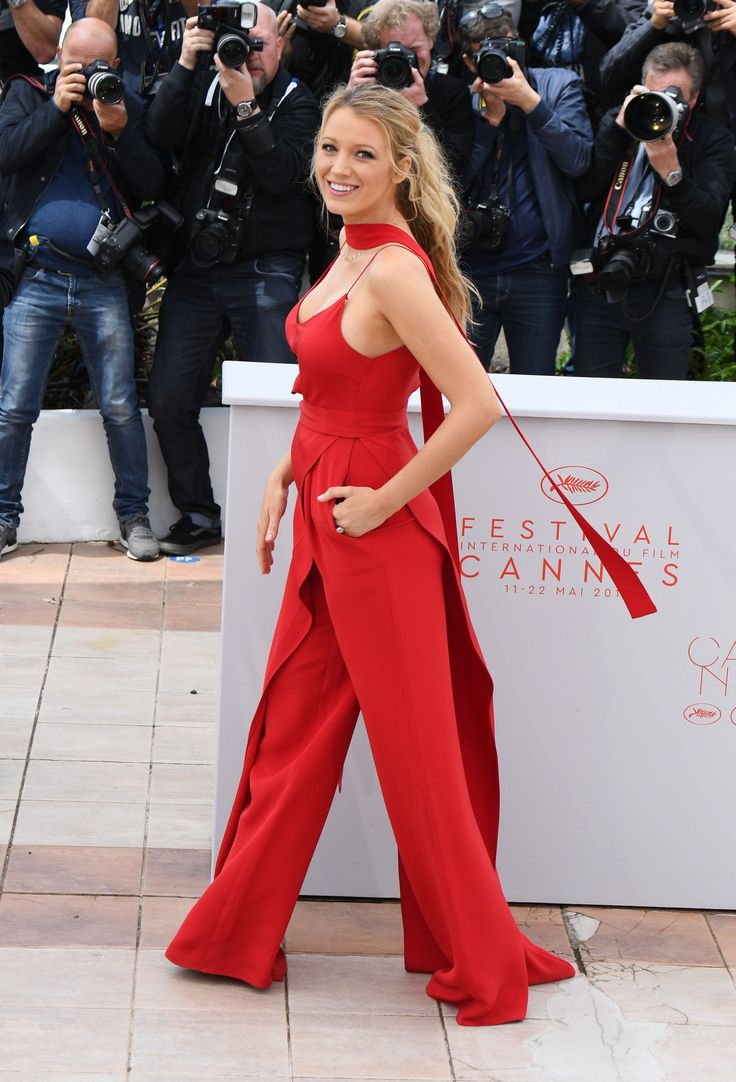 Can You Spot Blake Lively's Baby Bump in Her Red Jumpsuit?  - ELLE.com