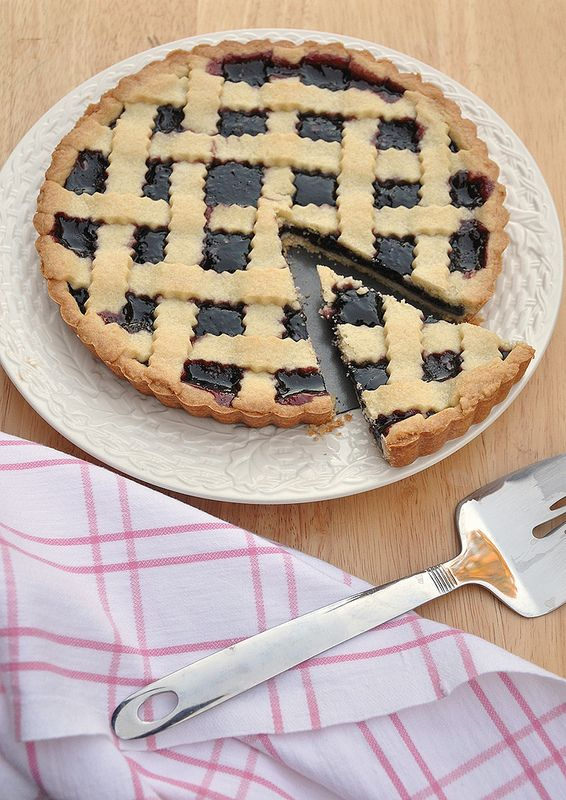 Jam tart or crostata marmellata recipe from cooking with an Italian mamma for a traditional dessert in Italy, made with shortbread crust and the fruit jam.