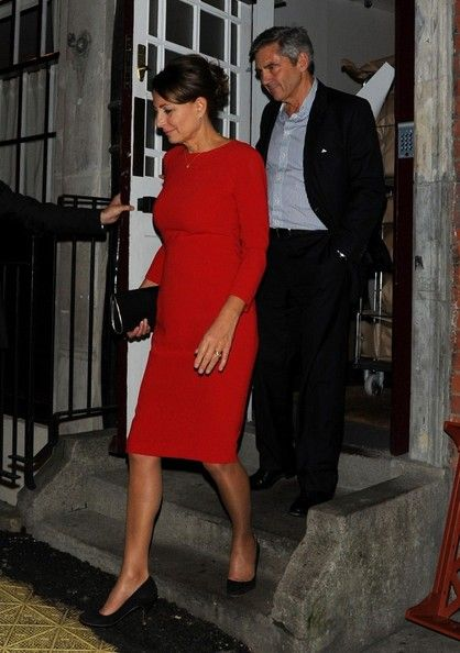 Michael and Carole Middleton are a glamorous older  couple. LOVE her dress!