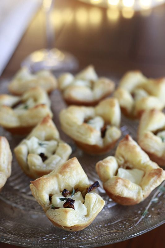 Caramelized Onion and Goat Cheese Puff Pastry Bites