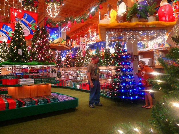 Best 25+ Bronners christmas store ideas on Pinterest | Christmas ...