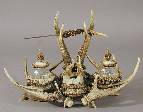 Great Antler Desk Set With Letter Opener And Inkwells