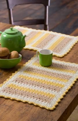 Crochet placemats - free pattern