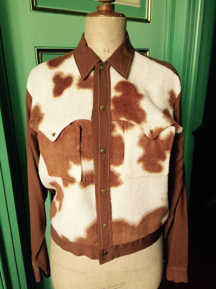 Een persoonlijke favoriet uit mijn Etsy shop https://www.etsy.com/listing/269263170/1950s-gabardine-rocakbilly-shirt-cow