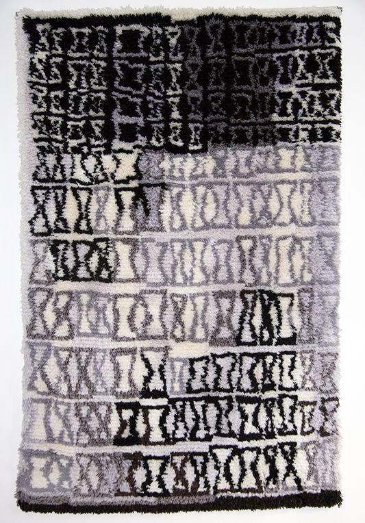 """Rug """"Sunnuntaipäivä"""". Yarns and pattern from www.kasityonystavat.fi"""