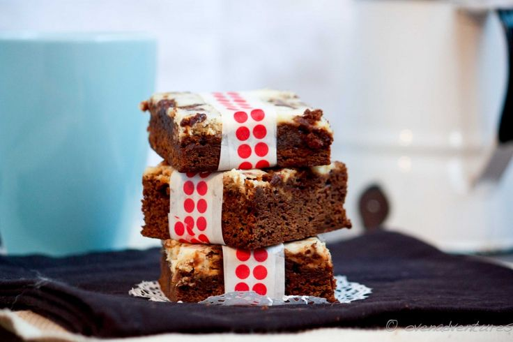 Gingerbread Cheesecake Bars Recipe